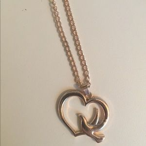 Jewelry - Rose gold dove heart necklace